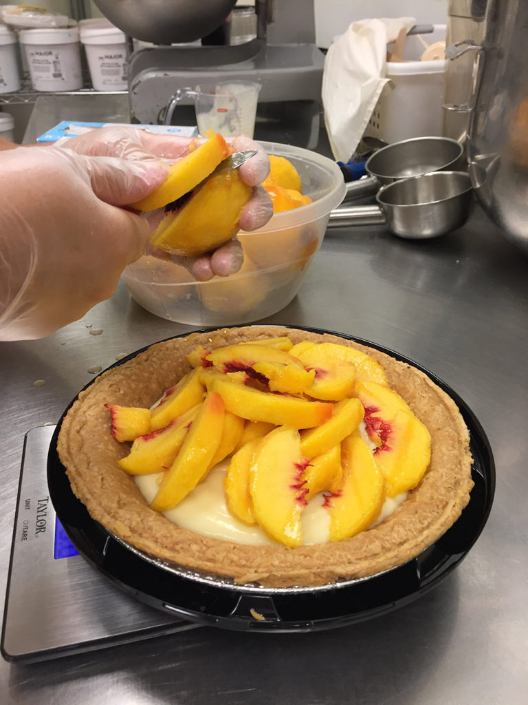 Peach slices on Tippins Peach Cooler Pie