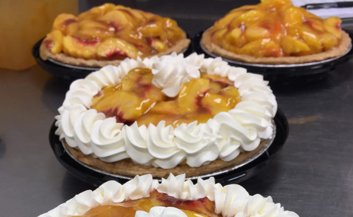 Tippin's Peach Cooler Pies